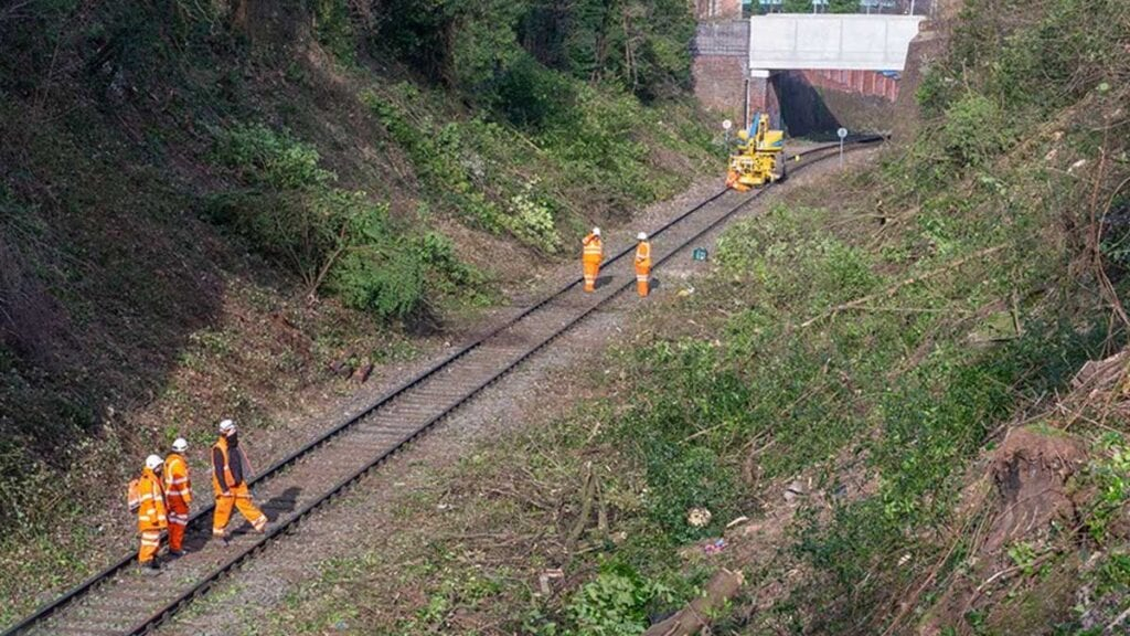 Britain'S Shortest Branch Line Gets Superfast Upgrade