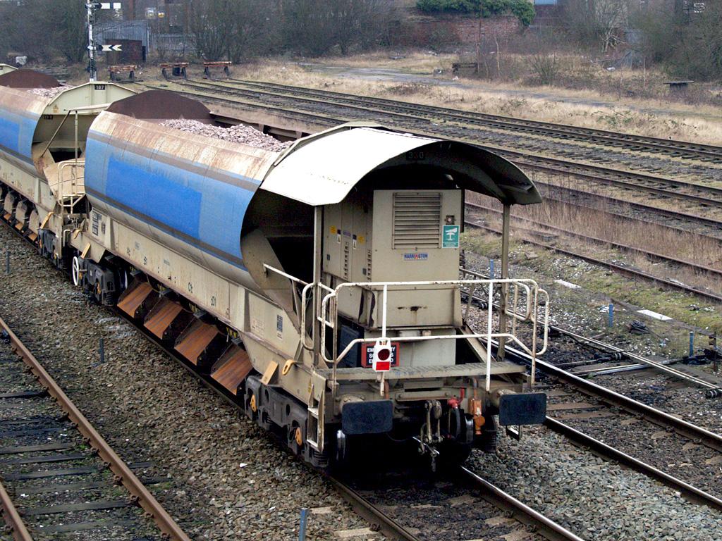 File:network Rail Auto-Ballaster Wagon Number 380030