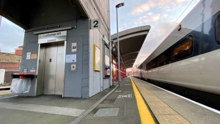 Network Rail Completes £400,000 Upgrade To Macclesfield