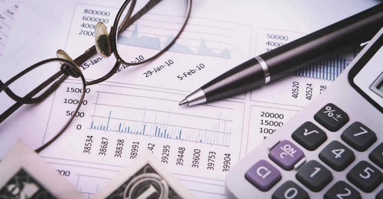 #30: The Honesty Behind Financial Data - Brilliantly Forward