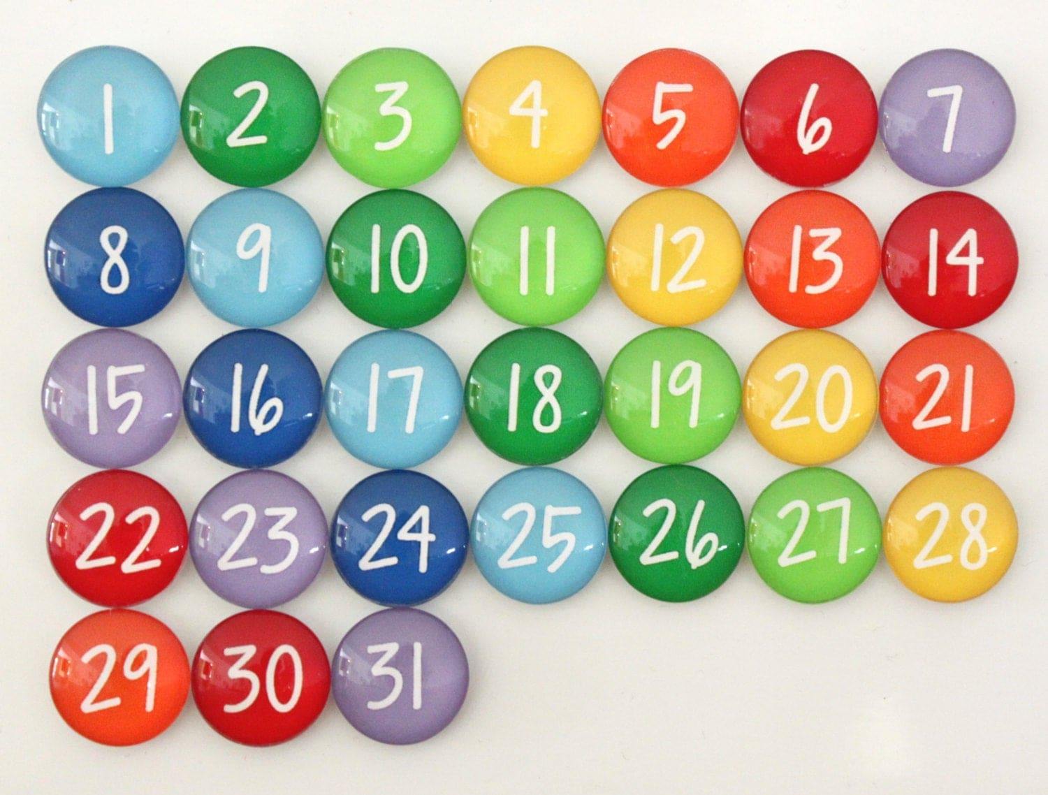 31 Gorgeous Rainbow Calendar Number Glass Magnets For Dry